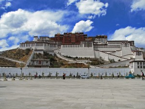 issue images_86_3_Topgyal_Tibet_03