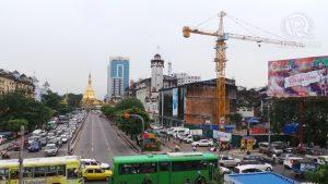 issue_image_89_3_Myanmar Reform Yangoon-crane